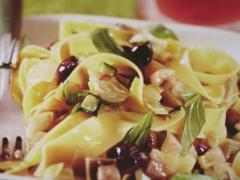 Ricetta primo: pappardelle con ragù ricco alle verdure
