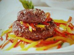 ricetta-facile-e-veloce-hamburger-di-cavallo-con-peperoni