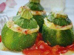 ricetta-facile-e-veloce-zucchine-ripiene-di-scamorza