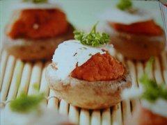 ricetta-facile-e-veloce-funghi-ripieni-di-pomodoro-e-ricotta
