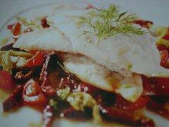 ricetta-facile-e-veloce-filetti-di-nasello-con-pomodorini-secchi