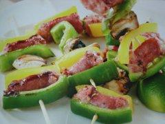 ricetta-facile-e-veloce-spiedini-con-salsiccia-e-champignon