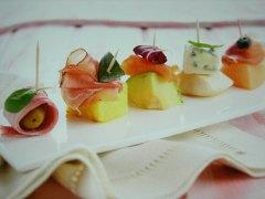 ricetta-facile-e-veloce-spiedini-salati-di-frutta