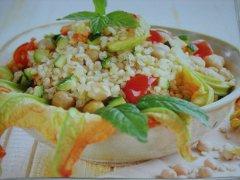 ricetta-facile-e-veloce-insalata-di-boulgur-ceci-e-zucchine