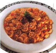 ricetta-facile-e-veloce-insalata-di-ruote-con-pomodoro-peperone-e-cetriolo