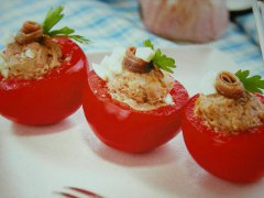 ricetta-facile-e-veloce-pomodori-ripieni-di-tonno
