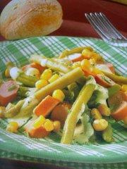ricetta-facile-e-veloce-insalata-di-fagiolini-mais-e-wurstel