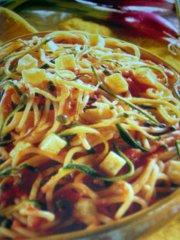 ricetta-facile-e-veloce-spaghetti-con-patate-e-zucchine