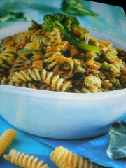 ricetta-facile-e-veloce-Fusilli-alla-paprica-con-i-broccoletti