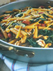 ricetta-facile-e-veloce-Sedanini-con-bietoline-e-pancetta