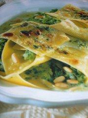 ricetta-facile-e-veloce-Fagottini-con-broccoletti-ai-pinoli