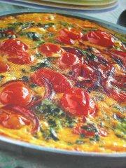 ricetta-facile-e-veloce-frittata-di-bietole-e-pomodorini