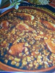 ricetta facile e veloce stufato con salsicce alla salvia