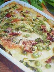 ricetta facile e veloce lasagne con prosciutto crudo e pisellini