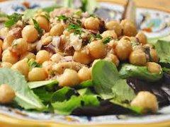 ricetta facile e veloce insalata tonno e ceci