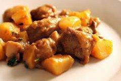 ricetta facile e veloce spezzatino con patate al curry
