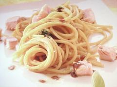 spaghetti-curry-trota-affumicata